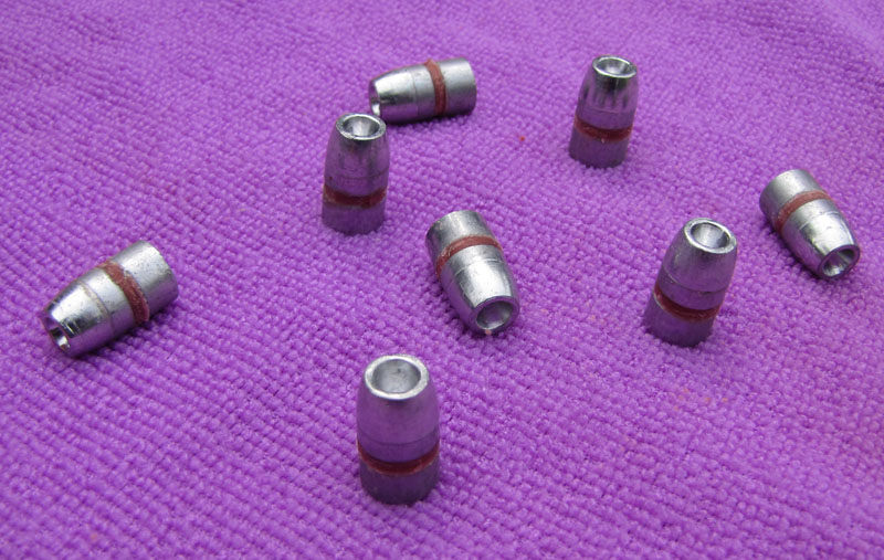 40 cal - 10mm 220gr lead Hollow Point Bulletls
